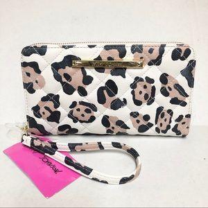 Betsey Johnson Leopard Print Z/A Wallet Wristlet